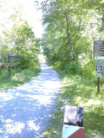 The Inn at Hickory Run: Scenic Bike Ride - The Lehigh Gorge Trail