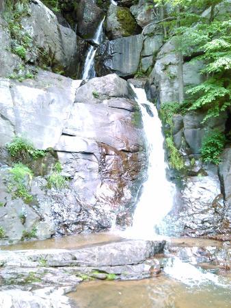 The Inn at Hickory Run: On the Lehigh Gorge Trail - Buttermilk Falls