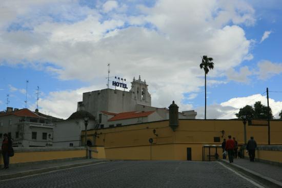 Hotel Sao Joao de Deus: Подъезжаем к отелю
