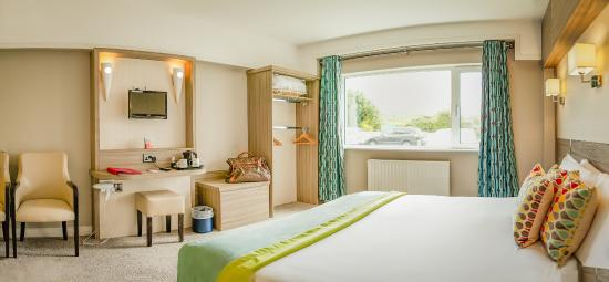 Example Double Bedroom at The Gleneagle Hotel