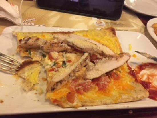 Tony Roma's Valencia : chicken flatbread