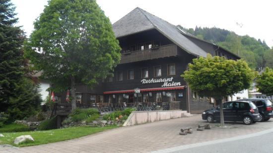 Hotel Maien + Appartement-Schwarzwaldhaus: hotel Maien.