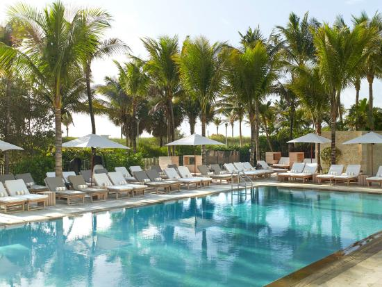 Royal Palm South Beach Miami A Tribute Portfolio Resort Available Seating At Our Hotel