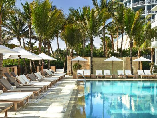 Royal Palm South Beach Miami A Tribute Portfolio Resort Relax Poolside At
