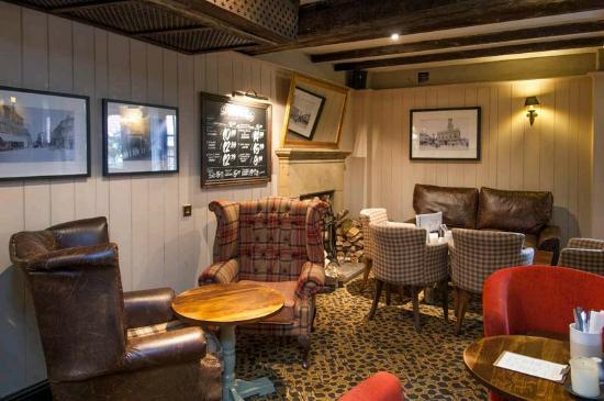 Premier Inn Basildon South Hotel : Lounge Area