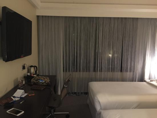 The Empire Hotel Wan Chai: We stayed 3 nights in May 2015. The room is 1407