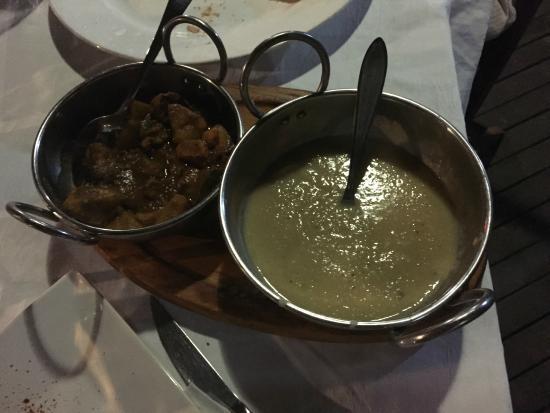 Cafe Le Monde: Pollo alla Creola con mousse di lenticchie