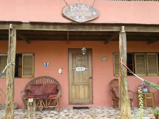 Bambu Guest House: House