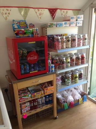 Double-Gate Farm Bed and Breakfast : Village Tuck Shop run from Double-Gate Farm