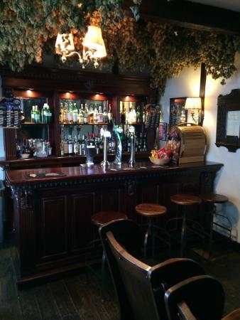 Abbot's Fireside Restaurant : Little Abbots Bar