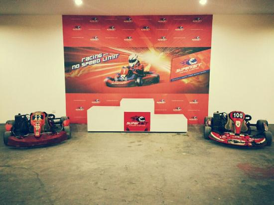 Superkart Indoor Karting