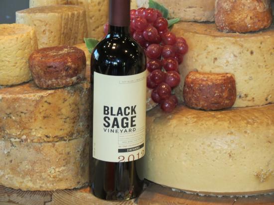 Sumac Ridge Estate Winery: Black Sage Zinfandel and Goat Cheese