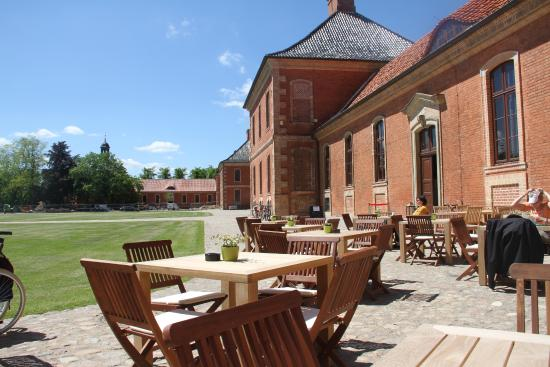 Schloss Bothmer Cafe