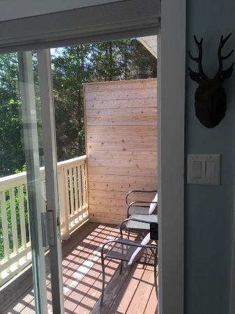 'Mountain Suite' private balcony