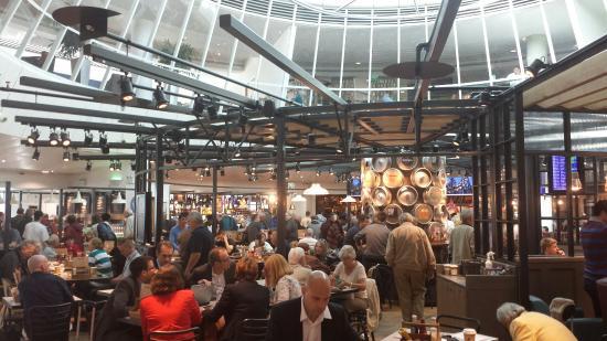 At last a proper pub in terminal 3