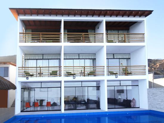 Akas Apart Hotel