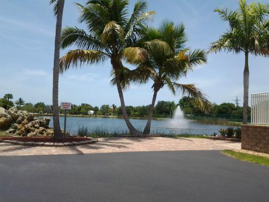 Gulf Waters Rv Resort Fort Myers Beach Campground Reviews Photos Tripadvisor