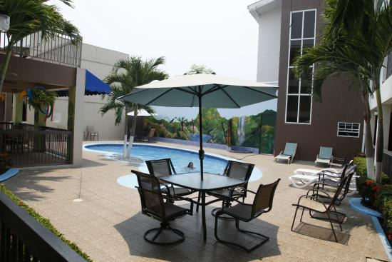 Apart hotel pico bonito 37 4 4 prices reviews for Appart hotel 37