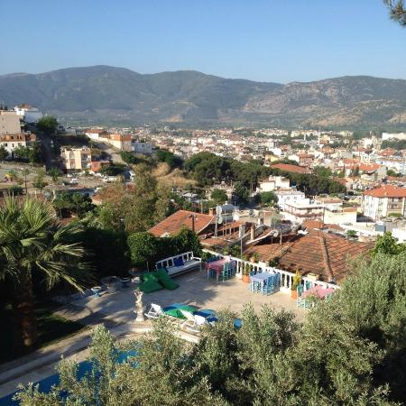 Villa Panaroma: View from the top family room