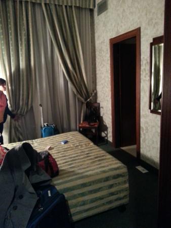 Grand Olympic - Aurum Hotel : Quarto