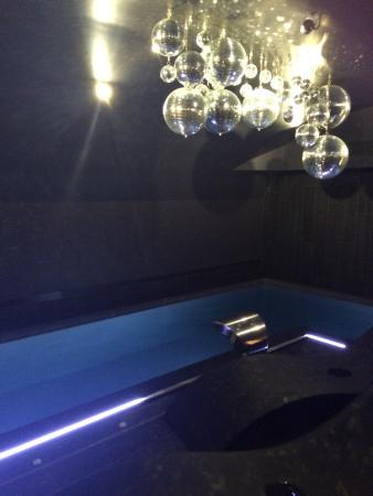 chambre cocoon hotel vertigo photo de h tel vertigo. Black Bedroom Furniture Sets. Home Design Ideas