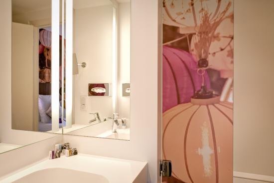 Mercure Lyon Centre Plaza Republique : Salle de bain