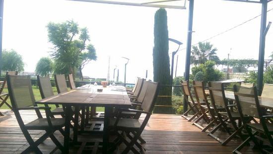 Peninsula restaurant and gardens