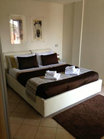 Residenza Ciro e Catina : кровать