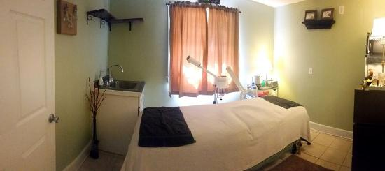Barrington, NH: Aesthetics Room