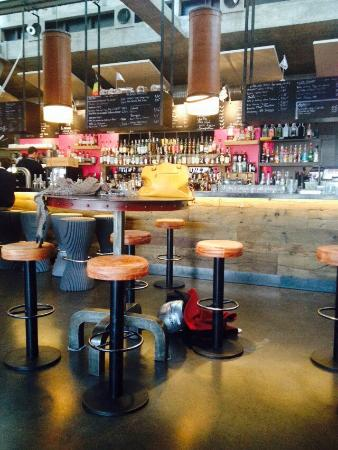 Bar photo de la base brest tripadvisor for Repas entre collegues