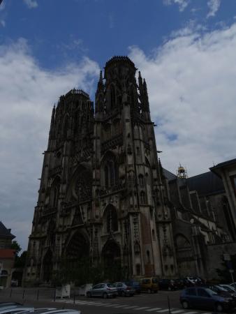 Cathedrale et cloitre Saint Etienne : Vue extérieure