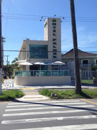 Hotel Palmar : frente ao mar