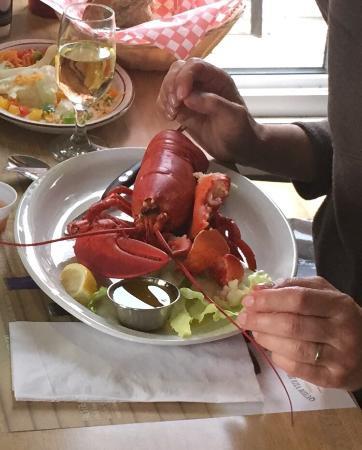 Earl's: Lobster dinner