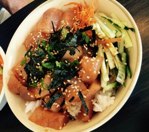 Spicy tuna bowl - Picture of Sushi Deco!, Parksville ...
