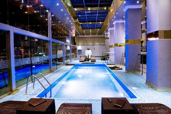 foto de hotel luxury inkari lima piscina temperada en la