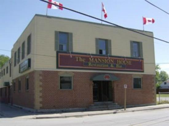 Sutton, Canada: The Mansion House
