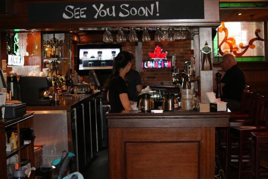 Coach & Horses Pub : the bar