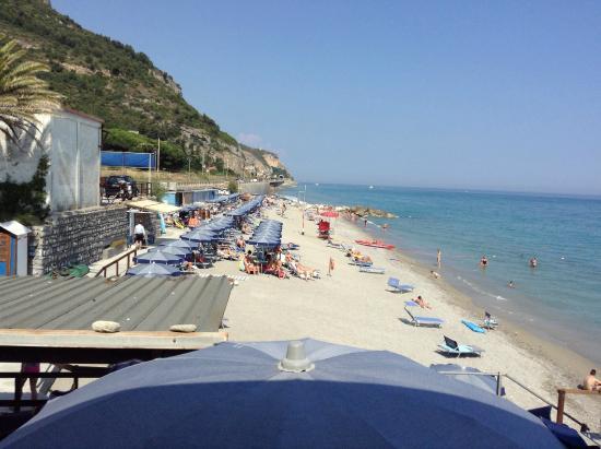 Spiaggia - Foto di Bagni La Bussola, Borgio Verezzi - TripAdvisor