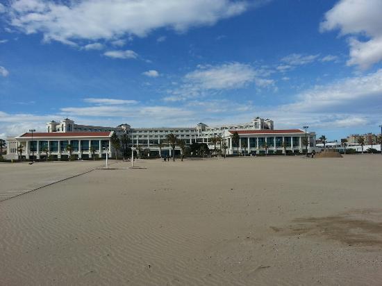 Foto de playa de la malvarrosa valencia la malvarrosa - Hoteles en la playa de la malvarrosa ...