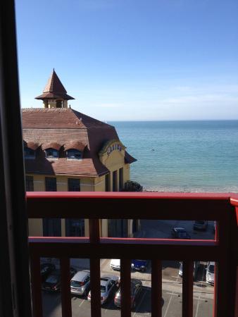 Chambre vu sur mer picture of hotel des bains granville for Hotel des bains saillon
