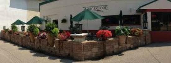 Don Jose Family Mexican Restaurant: Don Jose Outdoor Patio, Looks Onto  Water Street,