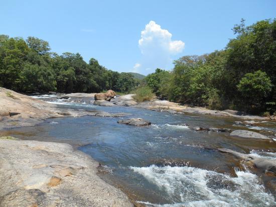 Lions Rock Golf Lodge: O passeio até ao rio