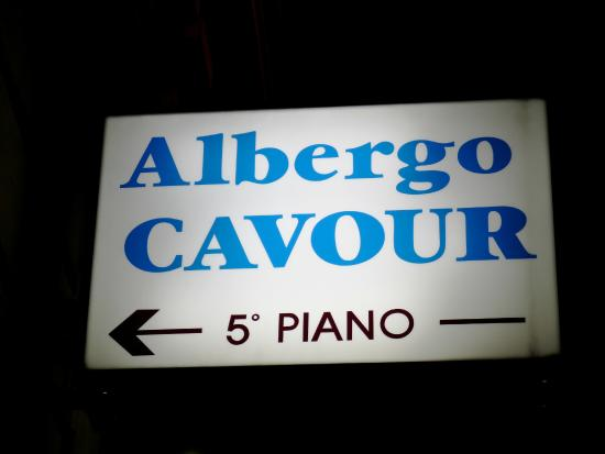 Albergo Cavour sign in the street helps you find it