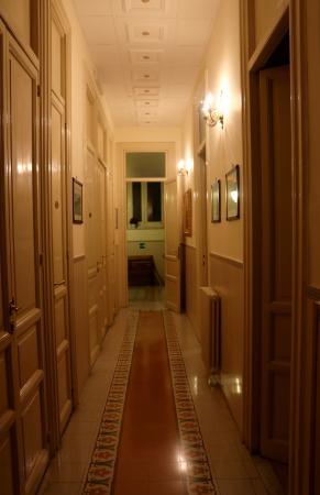 Hallway in Albergo Cavour