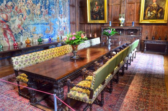 hever castle interior rooms & grounds are open to the public for a