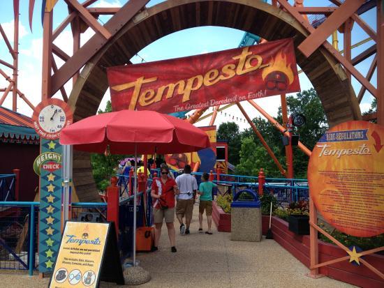 Brand New Coaster Tempesto Picture Of Busch Gardens Williamsburg Williamsburg Tripadvisor