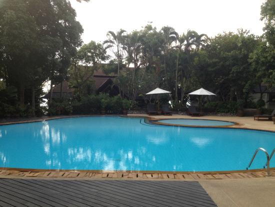 Kamala Beach Estate: Main Pool