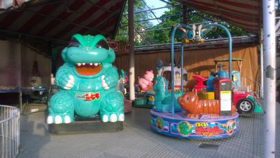 Hakone: Toys