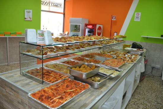 bancone - Picture of Pizza REvolution, Bra - TripAdvisor