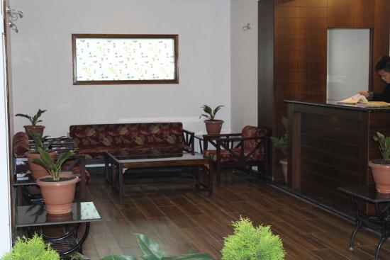 Hotel Sanderling: hotel lobby